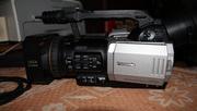 Продам відеокамеру Panasonic AG-DVX 100