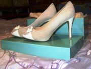 нові італійські туфлі фірми NORMA J. BAKER