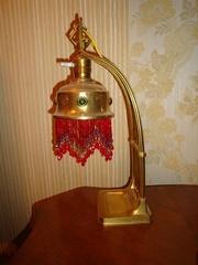 Лампа настільна стиль модерн