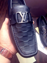 Взуття Louis Vuitton