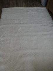 Продам новий білий коврик