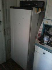 продам холодильник бу работает хорошо