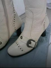 Шкіряні чобітки.Натуральний мєх