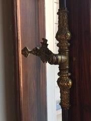 Куплю перила от лестниц и балконов из старинного дома