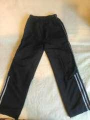 Продаю спортивні штани на хлопчика ріст 145 см
