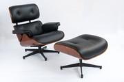 Львов Кожаное кресло релакс состоит из трех изогнутых фанерных корпусо
