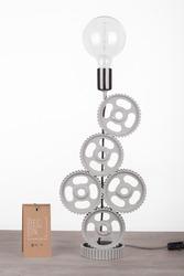 Дизайнерские Настольные лампы — незаменимые атрибуты на столе в рабоче